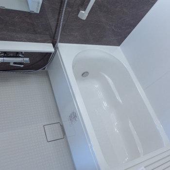お風呂、大きい!ゆっくり浸かれます〜