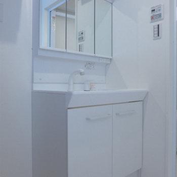 洗面台も大きく、使い勝手良さそう!