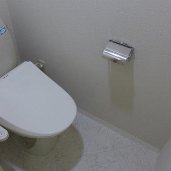 ウォシュレット付きトイレで清潔ピカピカ!