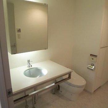 洗面台もしっかりあります。※写真は前回募集時のものです。