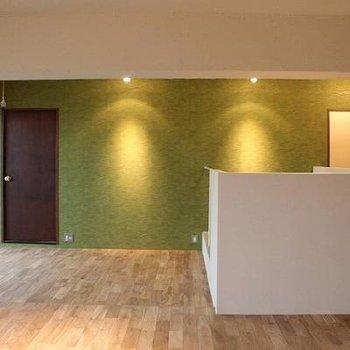 タモ材が使われたナチュラルなお部屋です。