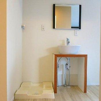 素敵デザインの洗面台。※写真は、前回撮影時のもの