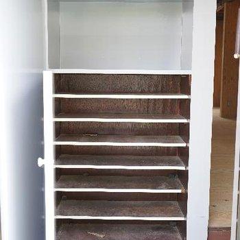 玄関の靴箱も容量たくさん!