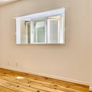 窓が多いと換気面もグッド。