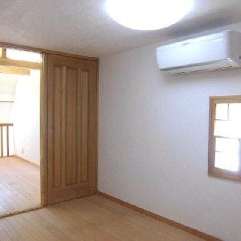 ロフト部分は2部屋あるので自由にに使えそう。