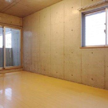 二面採光のお部屋です。