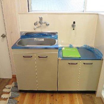 キッチンはガスコンロを置いてくださいね。
