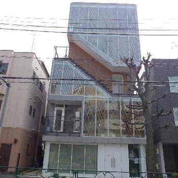 建物外観も変わっていますね。