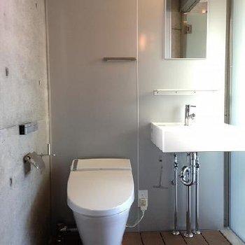 トイレはウォームレットです※画像は別部屋