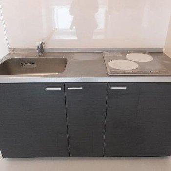 キッチンはIHですが、シンクが大きくて使いやすそうです。