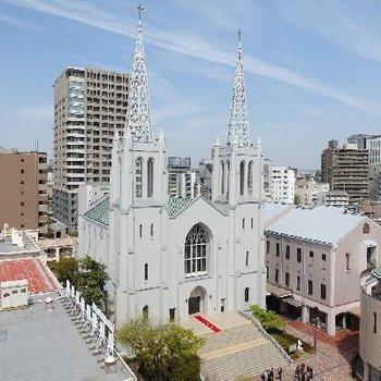 目の前にカトリックの教会