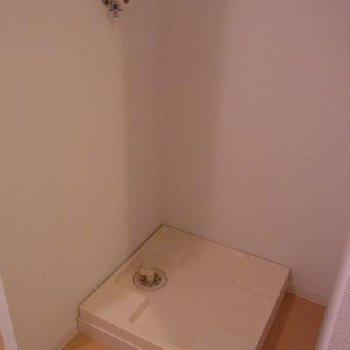 洗濯機置き場※写真は別タイプのお部屋です。