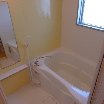 窓付きのお風呂!