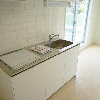 キッチンはIH2口で使い勝手◎※写真は前回募集時のものです