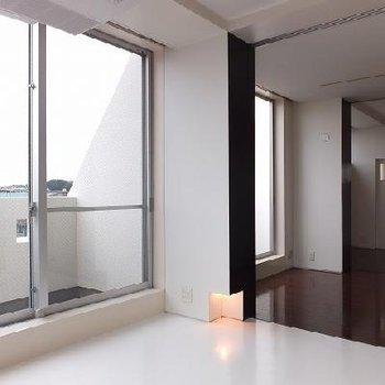 どのお部屋にも窓があって明るいです。※写真は別部屋