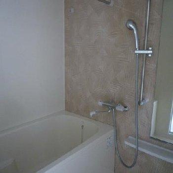 お風呂には洋室乾燥機