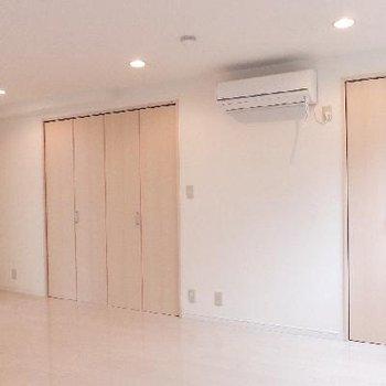 この扉たちは全部収納です。※写真は前回募集時のものです
