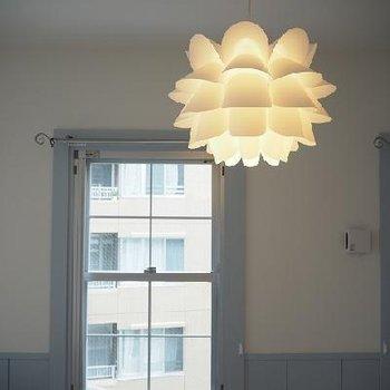 照明と窓枠がかわいい※写真は4階
