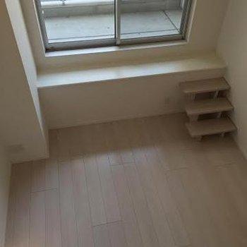 キッチンの上から※写真は別部屋です
