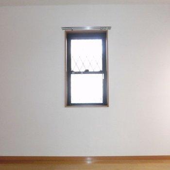 小窓がカワイイ♪