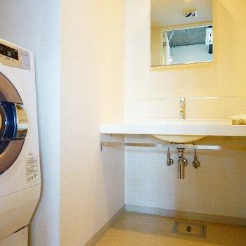洗面台も余裕のある空間です。※写真は前回募集時のものです!