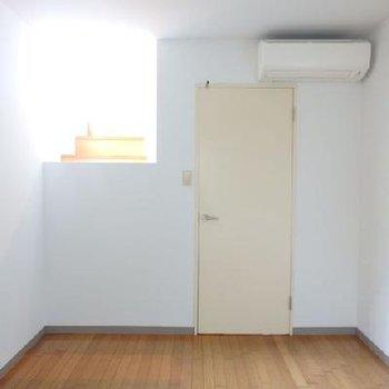 1階部分は寝室にぴったり。