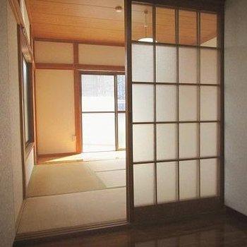 畳も建具もレトロ!壁を塗ったら特別な空間になりそう。