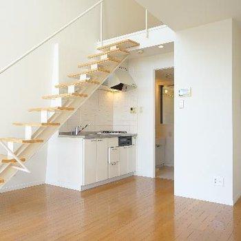 階段も良い存在感!
