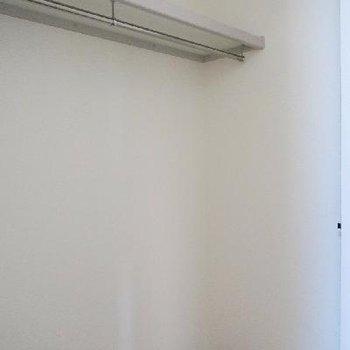 メインの寝室収納はこちら。