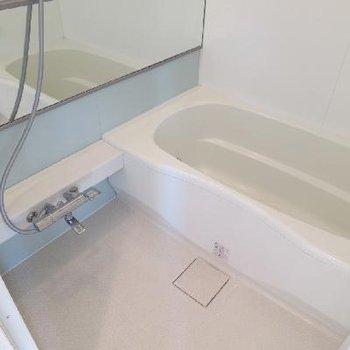 ひろびろ浴室