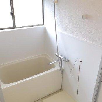 お風呂に窓があるのは嬉しいなぁ