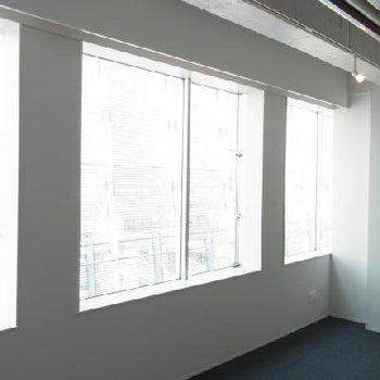 大きな窓です ※写真は別部屋