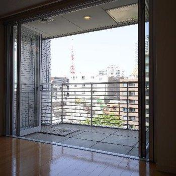 部屋からも東京タワーが見えます!