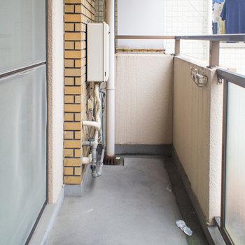 お部屋と同じ幅で丁度良いサイズ※写真は203号室