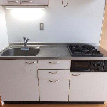 キッチンは大きめ。作業スペースgood!※写真は前回募集時のものです