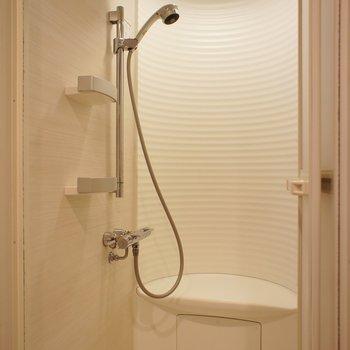 シャワールームですが腰掛つき※写真は前回募集時