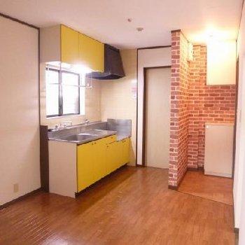 パステルカラーのキッチンは明るい気持ちにさせてくれます。