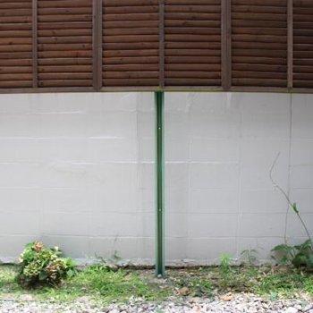 お庭です。ガーデニングもできちゃいます。