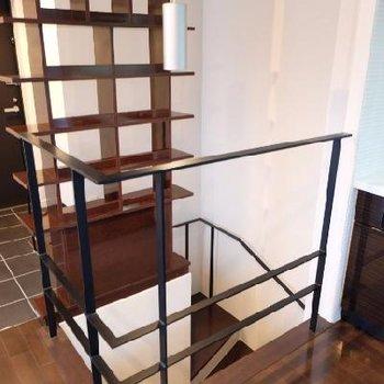 この階段の正体は?
