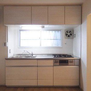 キッチンはだいぶ立派なモノを使っています!