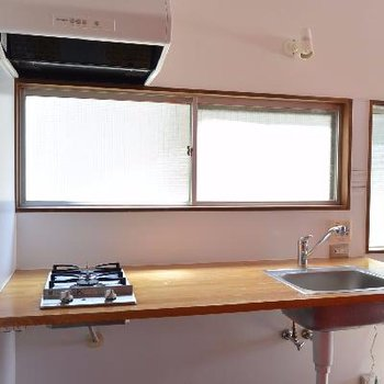 キッチン※写真は反転した間取りの別のお部屋のものです