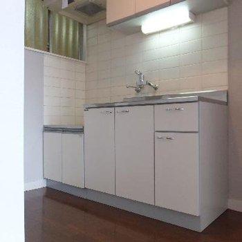 キッチンにはガスコンロを設置できます。