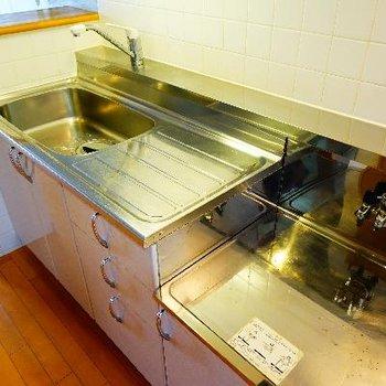 キッチンはゆったり使い勝手◎※写真は前回募集時のものです