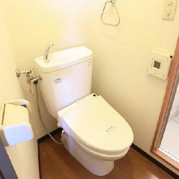 トイレは広い。兼脱衣所