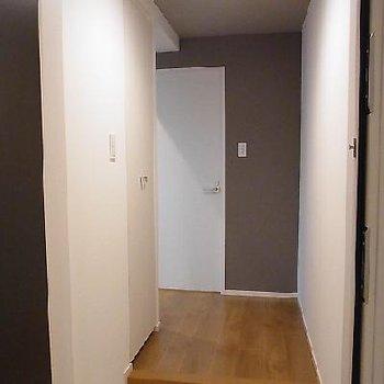 玄関部分※写真は別部屋