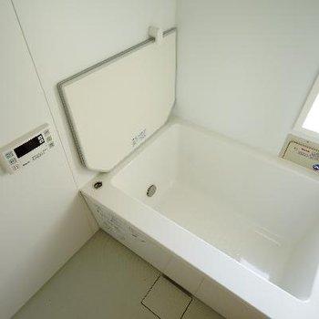 お風呂も文句なしの機能性とデザイン。※写真は前回募集時