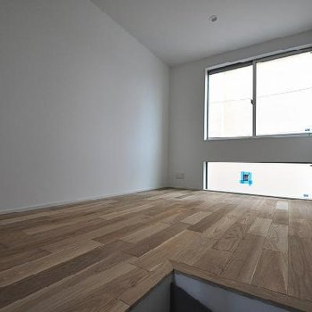 床がやっぱり素敵なお部屋。※写真は別部屋