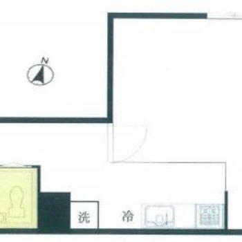 キッチンとお部屋はガラスで区切られています。