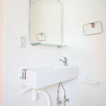 良いデザインの洗面台。