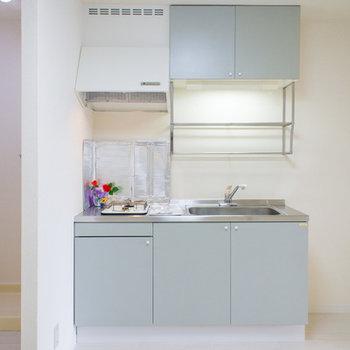 ダイニングキッチンの横には大容量の冷蔵庫も置けますよ♪